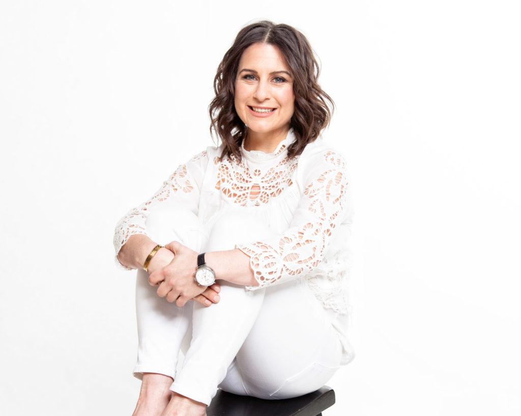 Hello world welcome to Kerri Axelrod Wellness wearing Shinola watch