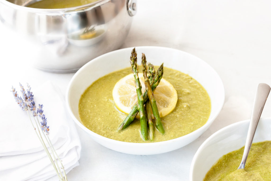 Spring detox soup with spring asparagus and lemon